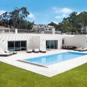 Nadadouro Villa Sleeps 8 WiFi
