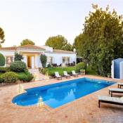 Vilamoura Villa Sleeps 8 Pool Air Con WiFi T689258