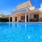 Vale do Garrao Villa Sleeps 8 Pool Air Con