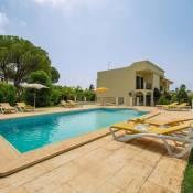 Benfarras Villa Sleeps 7 Air Con WiFi