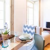 APOSENTUS - Charming Center Apartment with Balcony