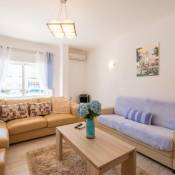 Apartment with free Wi-Fi | A/C, in Town (RLAG93)