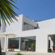 Sesimbra Villa Sleeps 8 Pool Air Con WiFi