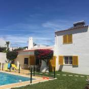 Charming Luxury Villa private pool with A/C,Albufeira, very central and quiet area