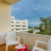 - Sunny & Cozy - 5min to beach - Perfect for couples!