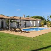 Exclusive Villa Toulouse with pool in Falesia Algarve