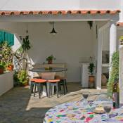 Cavilhas Residence (Close to the Beach & BBQ) Ideal for families