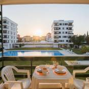Feels Like Home Vilamoura Balcony Flat with Pool
