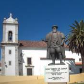 Sines - Parish Church and Vasco da Gama Statue