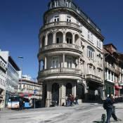Porto Corner Building
