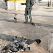 Bairro Alto Statue