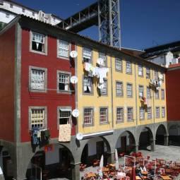 Cafe behind the Ribeira - Porto