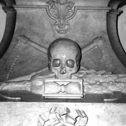 Tomb in National Pantheon - Lisbon