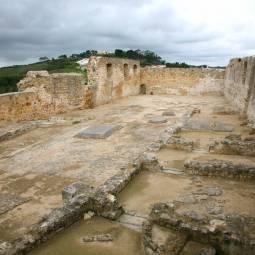 Torres Vedras Castle Interior