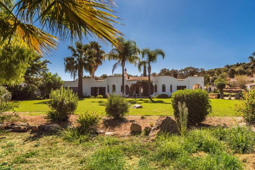 Quinta Anita, idyllic Villa in country house style