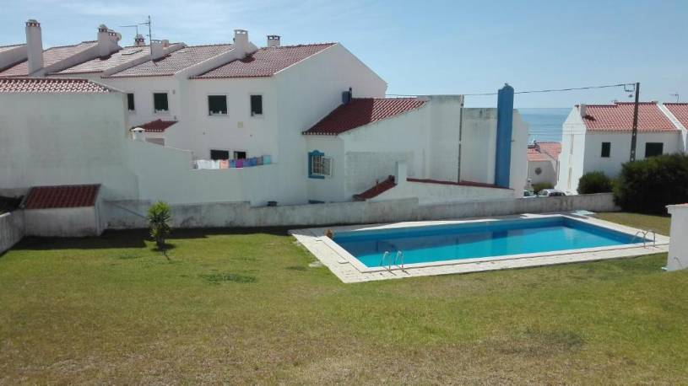 Ericeira Pool & Sea
