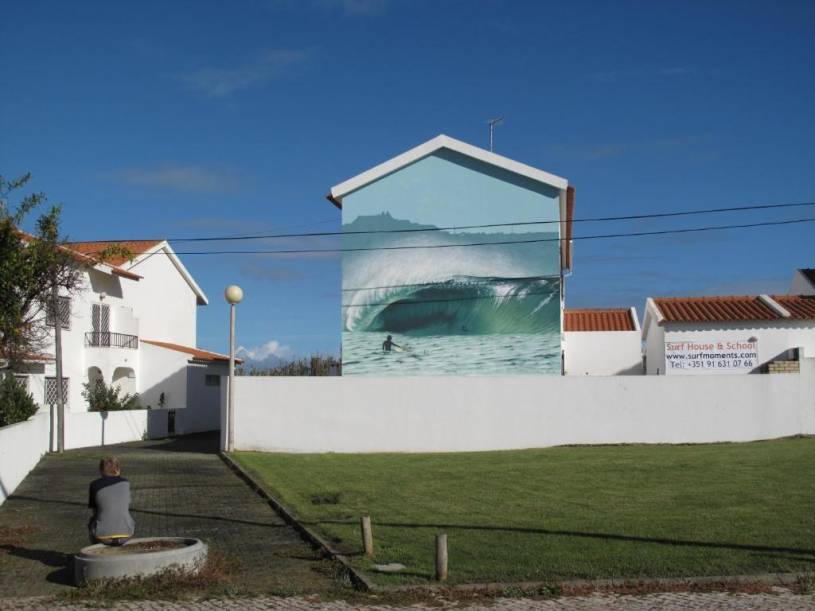 SurfMoments House & School