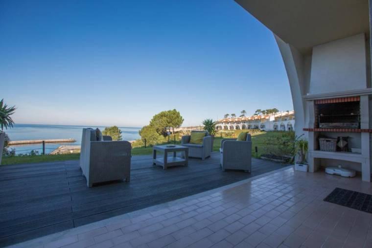 Your Nest in Nazaré - Ocean View Villa