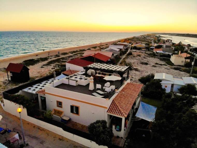 Faro Beach House