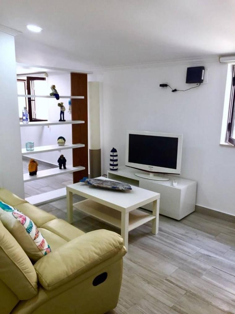 Flipflops Apartments 3