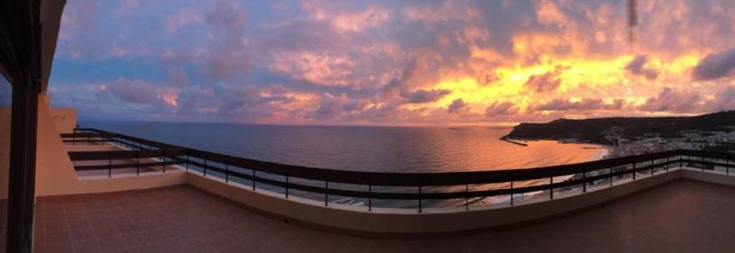 Apartment with a 180º stunning view over Sesimbra