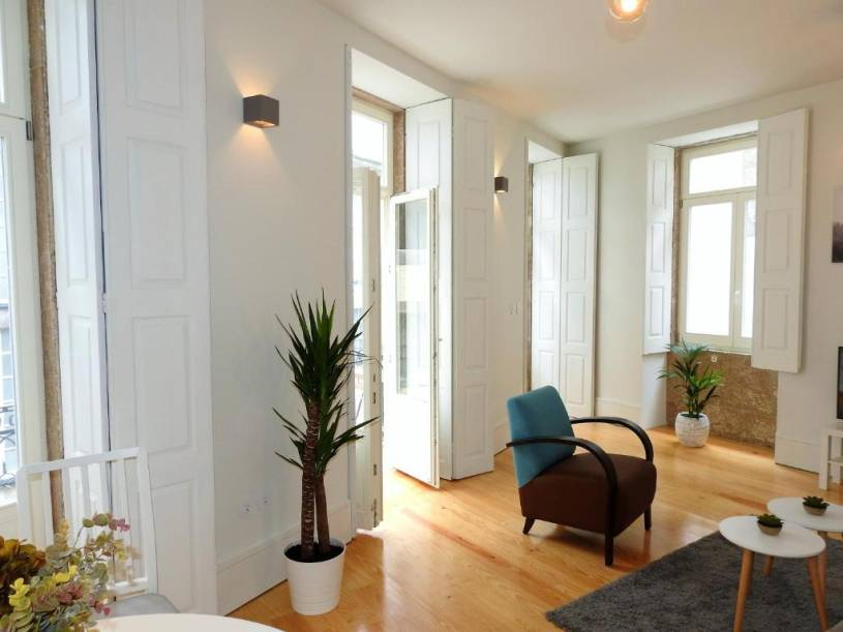 Oporto Delight 2.1-Luxury Apartment in Historic Center with Balcony 2-4 sleep