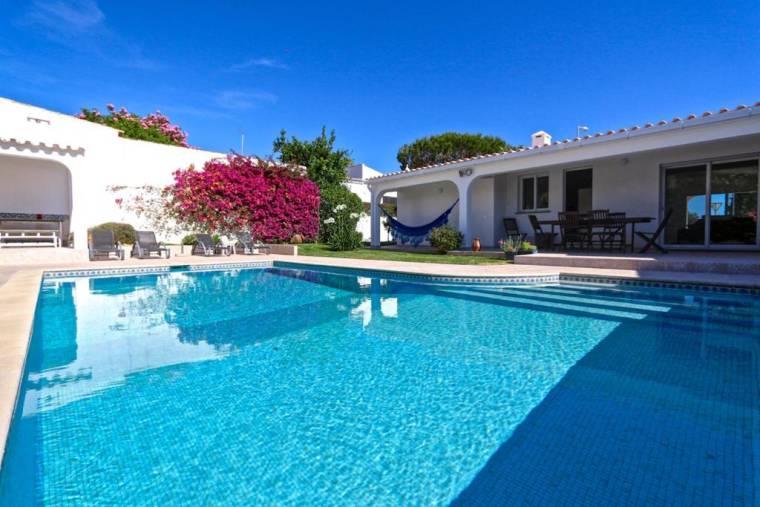Benfarras Villa Sleeps 7 Pool Air Con WiFi