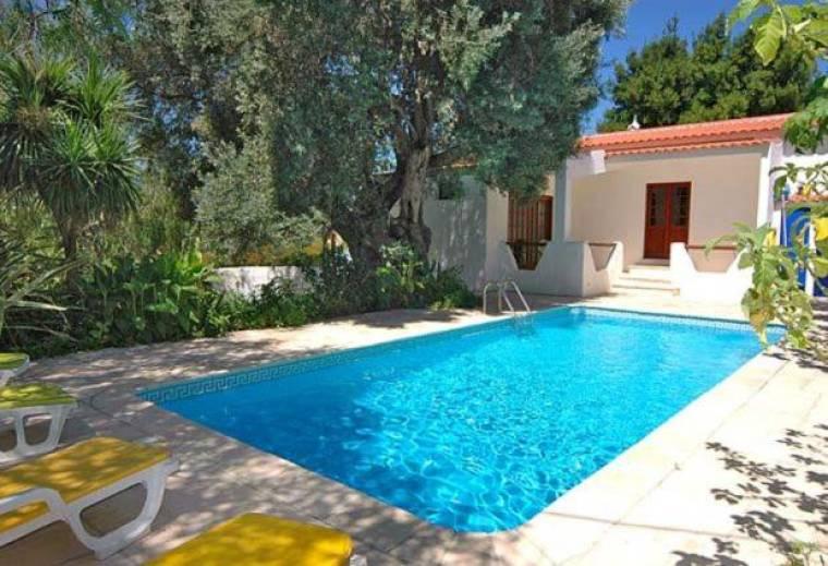Maritenda Villa Sleeps 5 Pool
