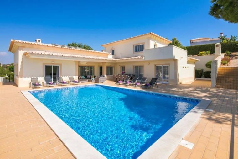 Carvoeiro Villa Sleeps 10 Pool Air Con WiFi