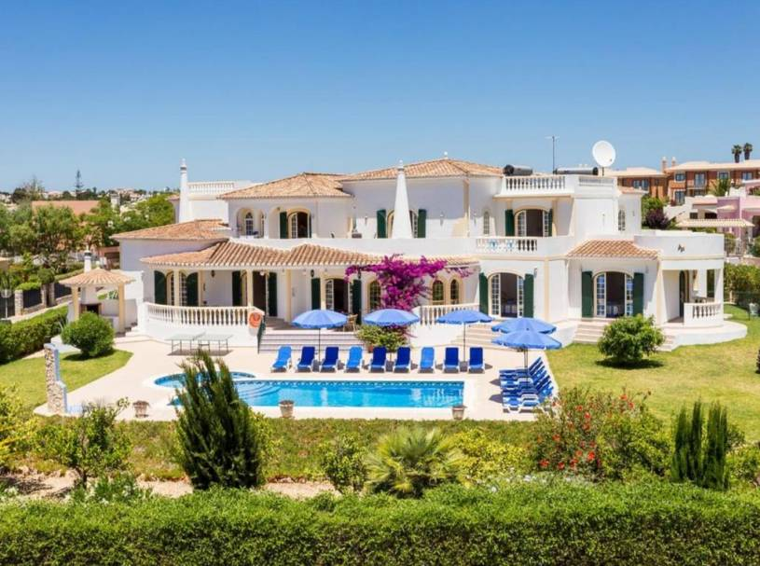 Porches Villa Sleeps 16 Pool Air Con WiFi