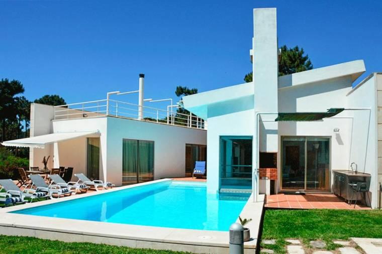 Aroeira Villa Sleeps 12 Pool Air Con WiFi