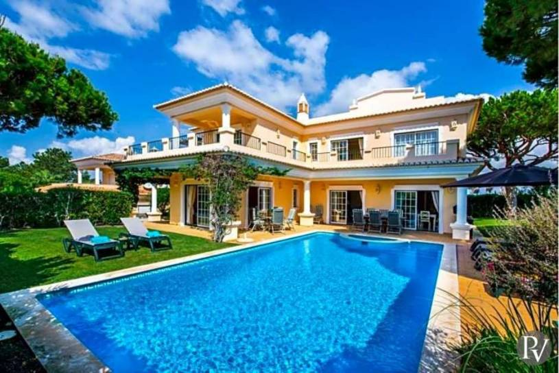 Vale do Lobo Villa Sleeps 8 Pool Air Con