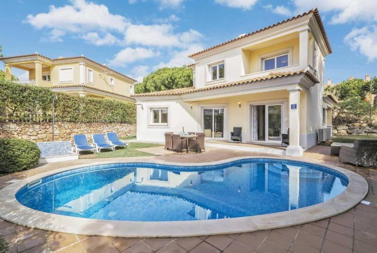 Vilamoura Villa Sleeps 8 Air Con WiFi