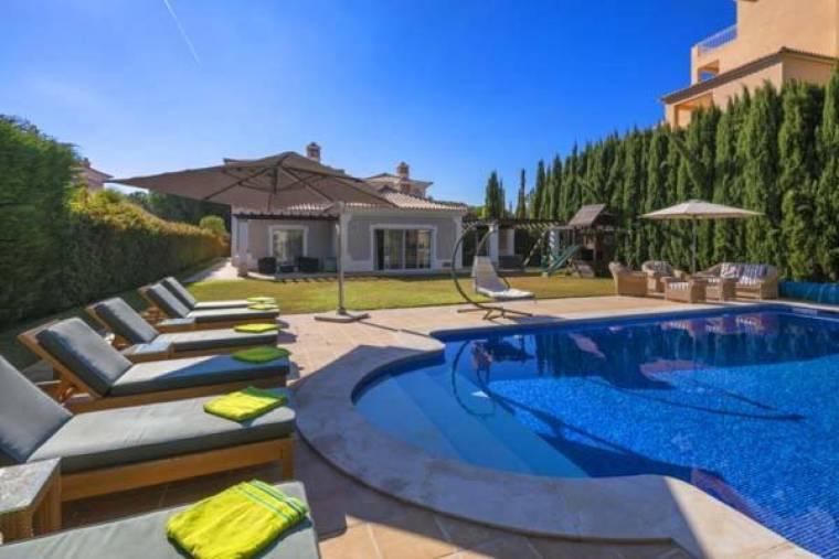 Almancil Villa Sleeps 10 Pool Air Con WiFi T607973