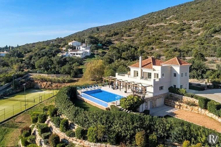 Santa Barbara de Nexe Villa Sleeps 10 Pool Air Con