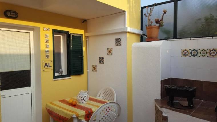sunny flat with terrace Costa de Lisboa
