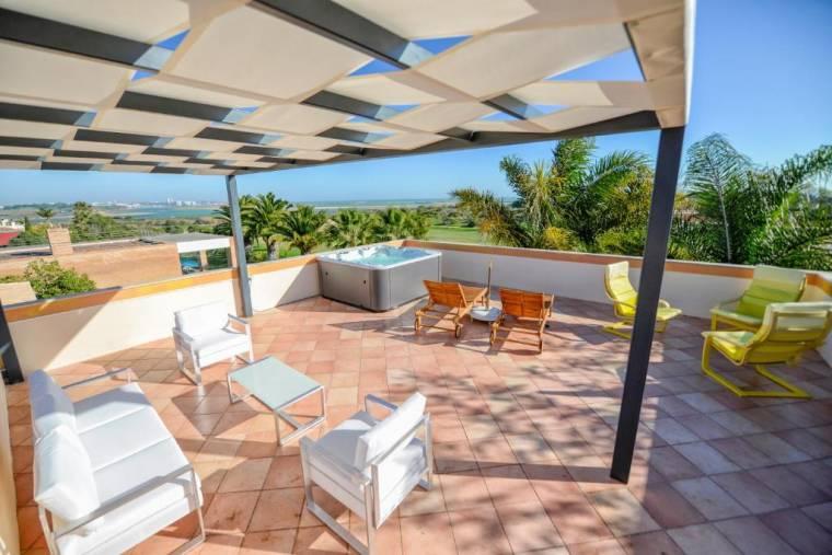 Ria Alvor Luxurious GolfView Villa