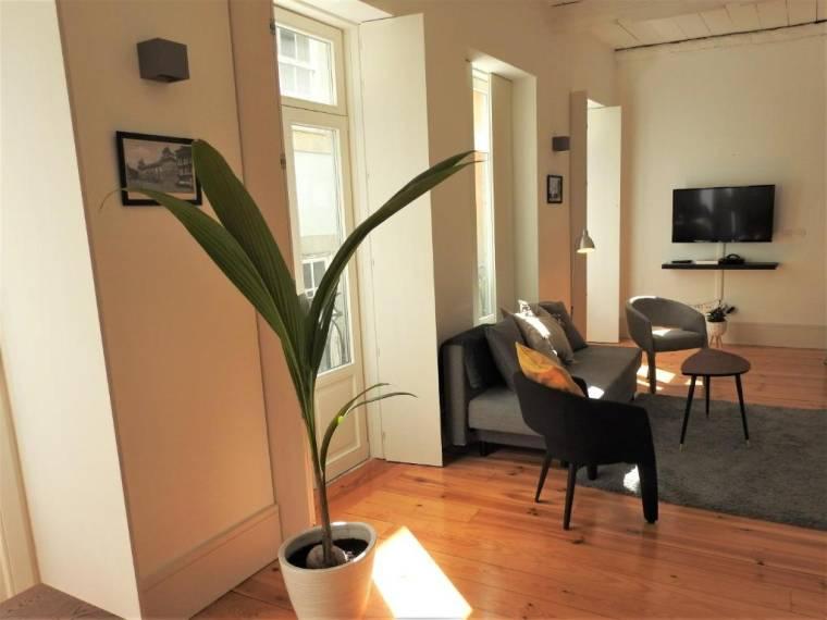Oporto Delight 1.2-Luxury Apartment in Historic Center with Balcony 4-6 sleep