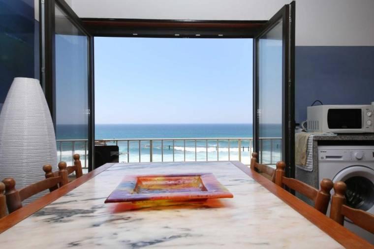 Prime Oceanfront Apartment