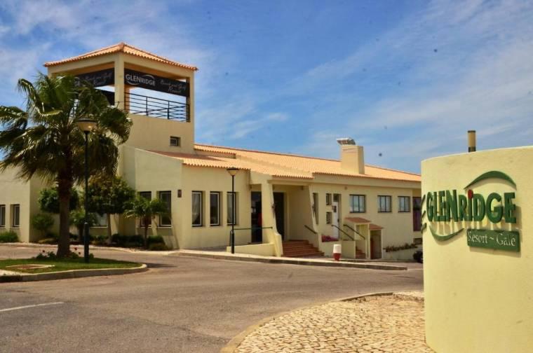 Glenridge Beach & Golf Resort