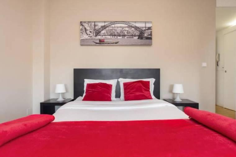 Low Cost Tourist Apartments - Casa da Musica
