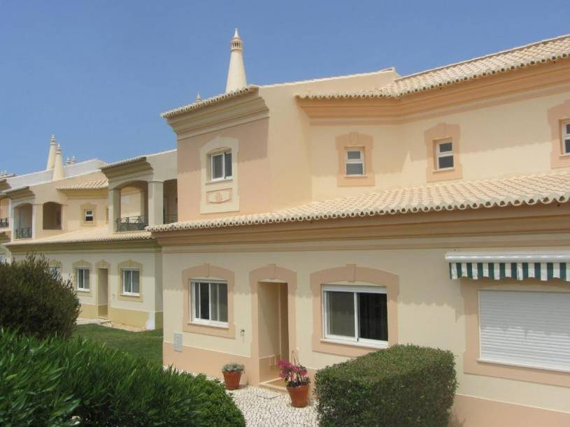 Fairviews Villa on Boavista Golf Resort