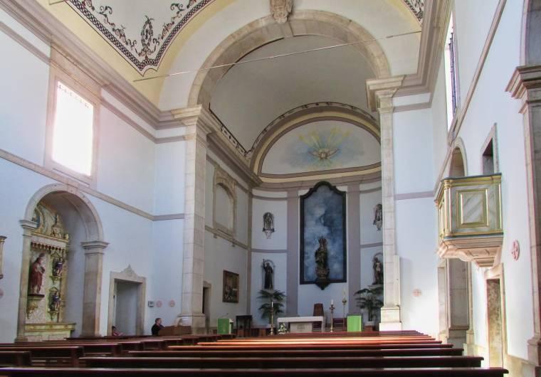 Albufeira church interior