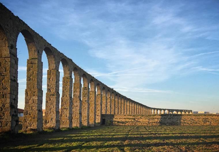 Vila do Conde aqueduct
