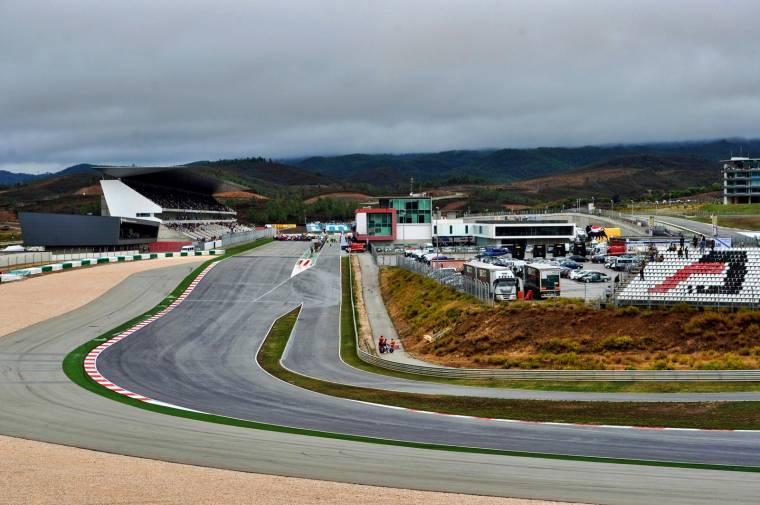 Circuito Algarve : Autodromo do algarve portimão family portugal travel guide