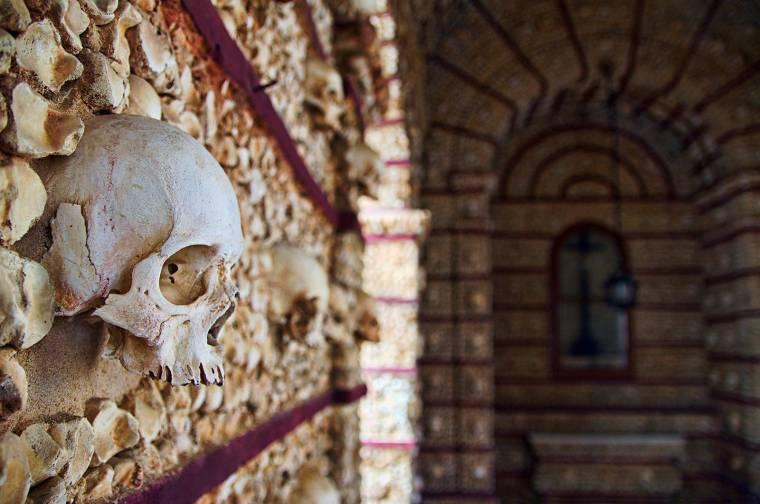 Capela dos Ossos (Chapel of Bones) - Faro
