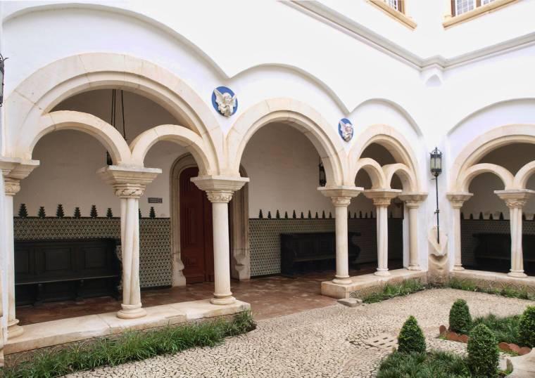 Cloisters - Condes de Castro Guimarães