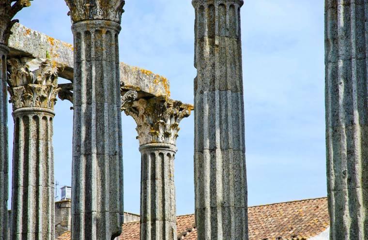 Evora Roman Temple detail