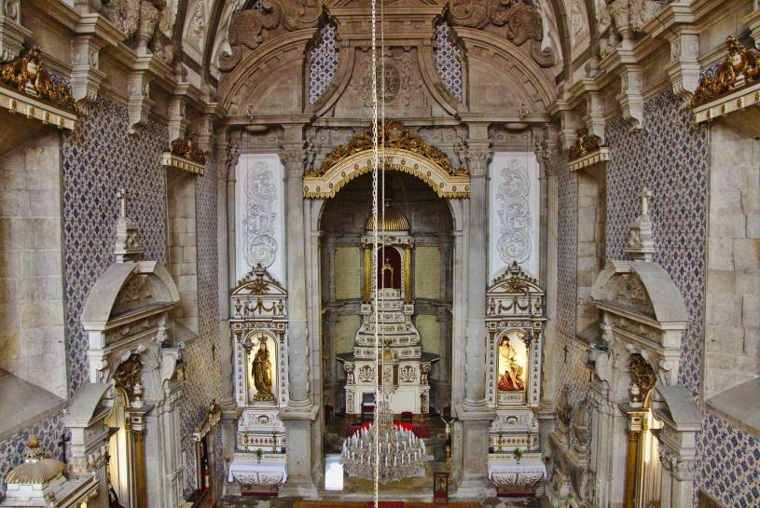 Interior of Igreja da Misericórdia - Porto