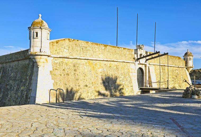 Lagos Fortress - Forte da Ponta da Bandeira